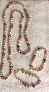 Freshwater pearls 2 bracelets n one Necklace  Anchorage, 99504