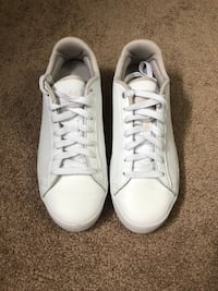 Adidas shoes women's  Barrie, L4N