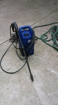 1500 pressure washer (great condition)
