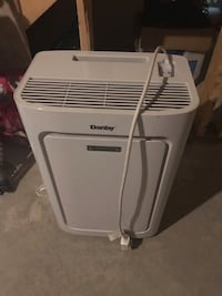 Portable air conditioner, work perfectly. Edmonton, T5K 1N1