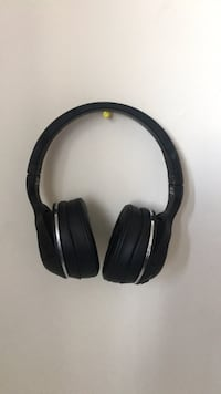 Skullcandy HESH 2 Wireless Headphones  Edmonton, T5H 2T7