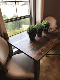 Small Dining Table 868 mi