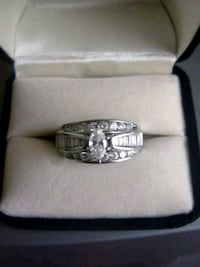 Engagement ring. Have wedding band also.