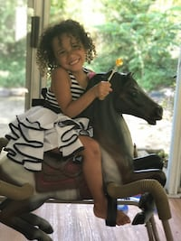 Antique ride on bounce horse ( child not included )  Alexandria, 22306