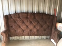 King size head broad with frame for sale 175.00 Clinton, 20735