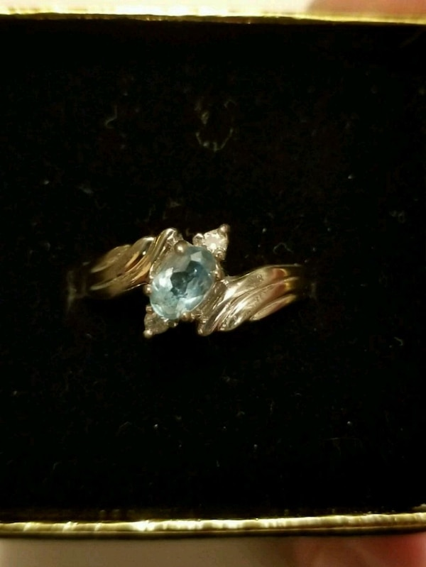 Vintage Silver Aquamarine/diamond ring size 8