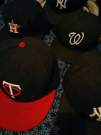 Tons of Mlb caps Reno