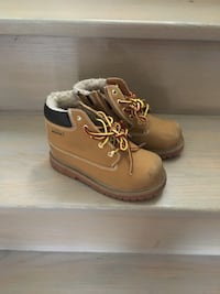 Pair of brown leather kids shoes Mississauga, L5V 2H2