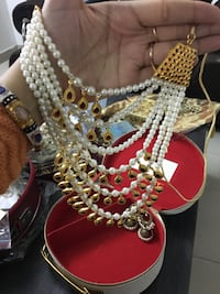 white and gold necklace Jaipur, 302021