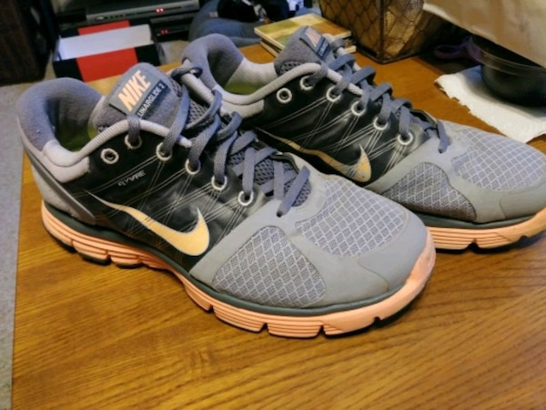 best loved fd385 36db0 Nike LunarGlide 2 womens shoes size 10