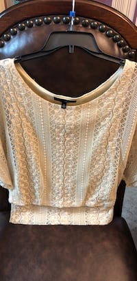 women's brown floral blouse Oklahoma City, 73107
