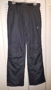 Woman snowpant Rochester, 55901