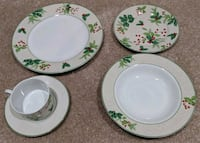 Lillian Vernon Christmas dishes set of 8 West Springfield, 22152