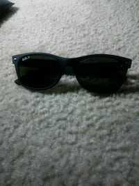 RayBands Glasses with case Fort Worth, 76123