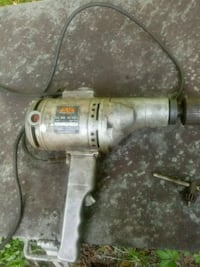 skil heavy duty drill 1 in. With reverse  Purcellville