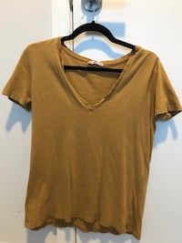 brown v-neck t-shirt Arlington, 22206