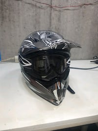 Brand New HJC CL-X5 Large Helmet and Goggles Calgary