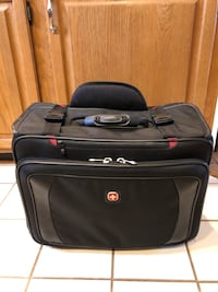 Swiss Gear pull laptop/ briefcase Frederick