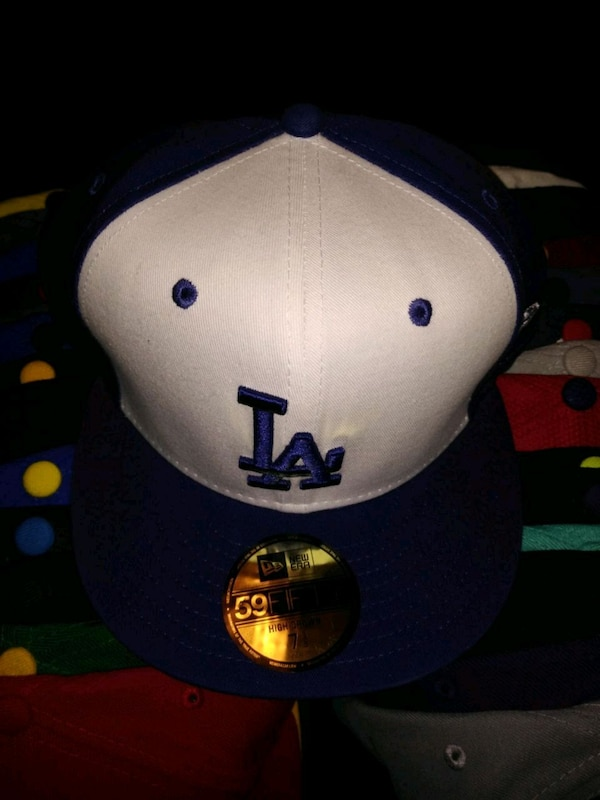 1d2031454f0d81 Used Los Angeles Dodgers New Era Fitted Cap 7 1/2 for sale in Dallas - letgo