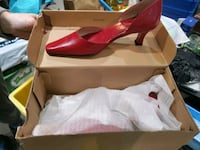 Red pump women's size 7 $15 Mississauga, L5J