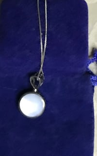 Real Silver-colored pendant necklace mother of pearl elegant Frederick, 21701
