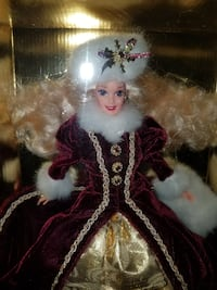 "Rare Collectable ""Happy Holidays"" Barbie Doll Arlington, 76002"