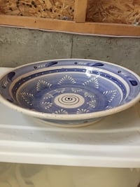 Hand Crafted Pottery Bowl Hamilton, L0R 1P0