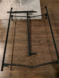 Metal frame for queen bed West Springfield, 22152
