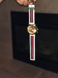 Gucci men's watch  Calgary, T2C