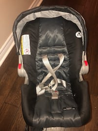 Baby's black and gray car seat carrier Mississauga, L5M 0M1