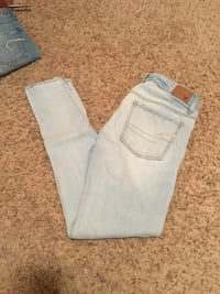 American eagle jeans  Bend, 97701
