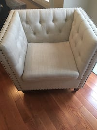tufted white leather sofa chair Vienna, 22180
