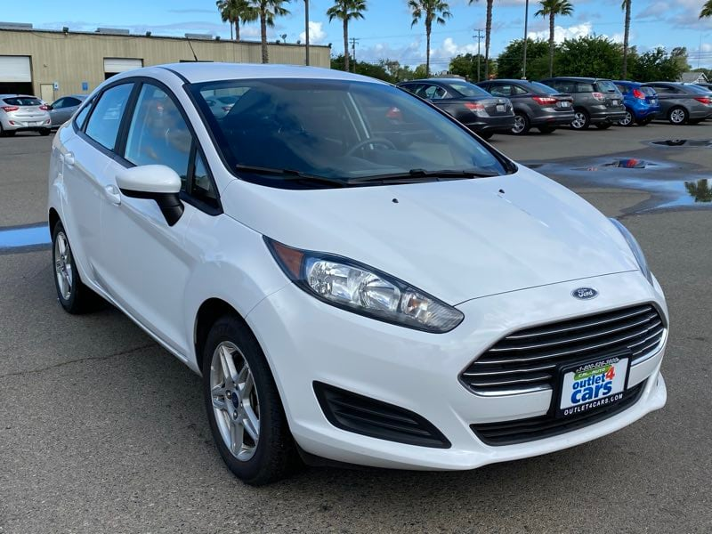 2018 Ford Fiesta SE sedan Oxford White !!! c0aa3143-e41c-4539-b798-b3abdd1a8b3f