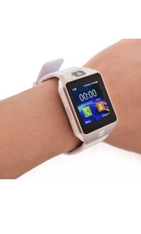New smart watch works with iPhone Samsung lg htc can take call and has mic