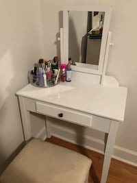 White wooden makeup vanity  Nashville, 37204