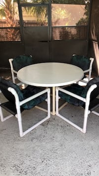 Outdoor Table and Chairs Kissimmee, 34743