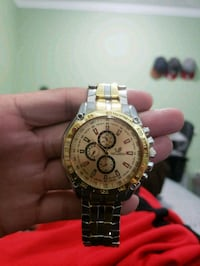 round gold-colored chronograph watch with link bracelet West Covina, 91790