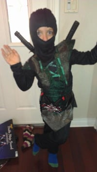 Ninja Halloween costume size 5/6 Pickering, L1V 5V6