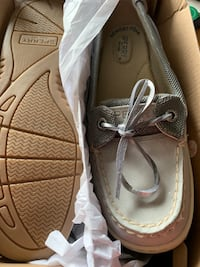 Sperry memory foam size 7 angelfish. Wrong size 44$obo Des Moines, 50310