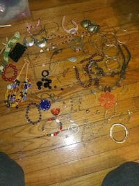 Jewelry grab bag Fort Mitchell, 36856