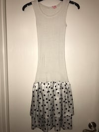 Vintage fit n flare white and polka dot dress w silk