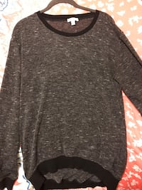 Aritzia Wilfred oversized light sweater size S Toronto, M4P 1R2