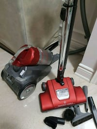 Hoover vacuum carriage and stand with all 6 access Vaughan, L4J 9B5