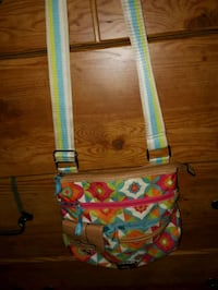green, pink, and blue floral crossbody bag St. Catharines, L2M 4G1