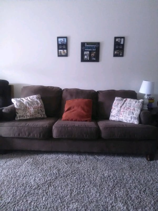 couch & love seat acd52345-37fc-4955-b30d-f854f2c1d9d2