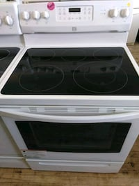 Kenmore Smooth Top Stove  Cleveland, 44109