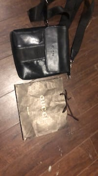 Vintage Gucci bag 250 OBO Burlington, L7N 2Z9