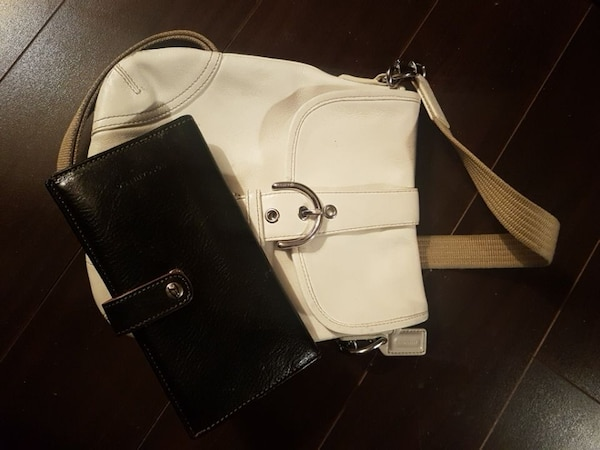 efc26f5bcfda Used coach purse and piertucci wallet for sale in Vancouver - letgo