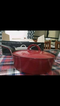 Red 24cm saucepan with lid New heavy  Guildford, 2161