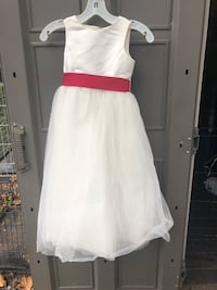 Girls Size 5 Dress Woodbridge, 22191